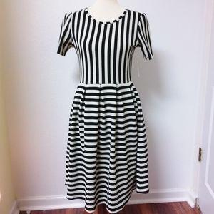 NWT LuLaRoe AMELIA Knit Dress Black White Stripes